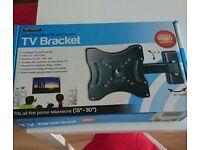 Universal tv bracket