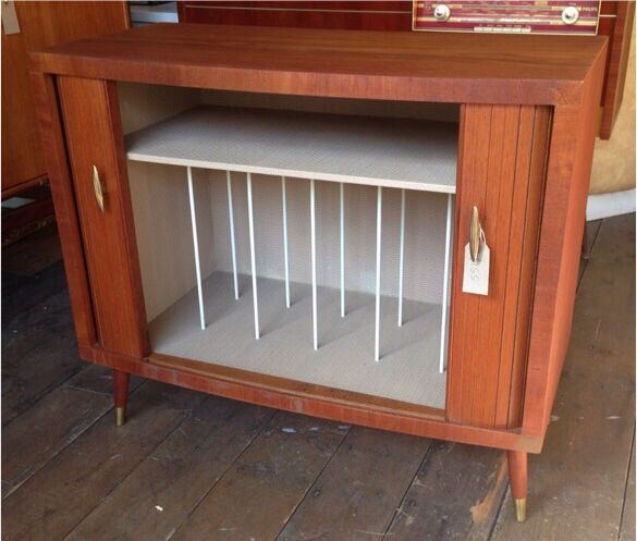 Record Cabinet Retro/ Vintagein Crystal Palace, LondonGumtree - Great condition retro record storage cabinet. Dimensions 77.5cm W. 38cm D. 67cm H. Please contact for more details, delivery can be arranged
