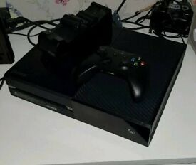 e18efc4bad1 Xbox one 500gb 1 controller works perfect comes with 2 games