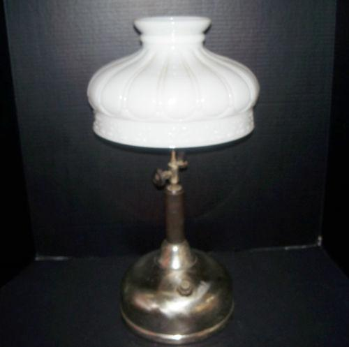 antique kerosene lamp ebay. Black Bedroom Furniture Sets. Home Design Ideas