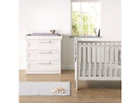 Cot bed - Mama and Papas (White)