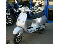 PIAGGIO VESPA LX 125 2005 (55) silver only 16,956 km Brand new exhaust and New rear tyre