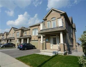 House for Rent in Richmond Hill(Yonge/Stouffville)