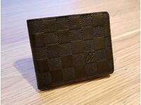Louis Vuitton - Slender Black
