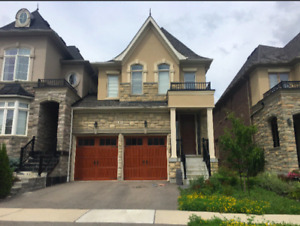 SPACIOUS 4 BEDROOM LINKED HOME IN KING CITY FOR RENT/LEASE