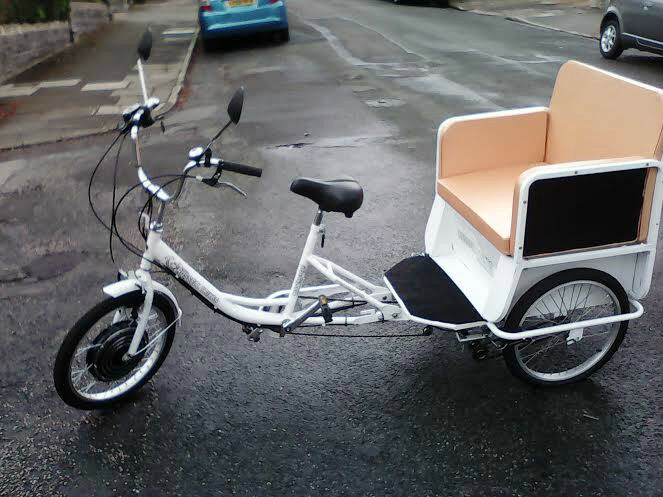 New Electric Rickshaw Cargo Bike 3 Seat Tricycle White Red 1000w