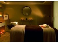 Renovating & Relaxing Warm Pressure Massage