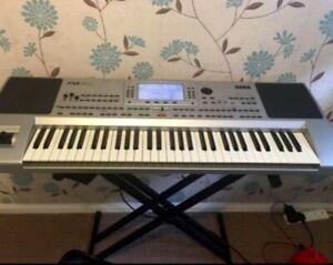 Korg Pa80 professional arranger keyboard