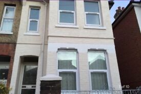 Excellent rooms double and single rooms to rent in refurbished house