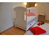 Baby cot with drawer, brand new + new mattress.