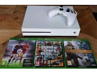Xbox one s 500gb one controller and 3 games