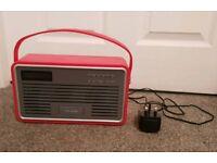 Viewquest Retro DAB Radio and iPod Dock