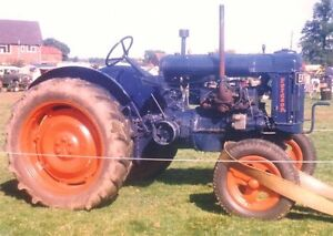 Fordson Major Longhorn Gas Tractor(3 point hitch)