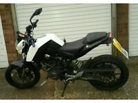 2014 KTM DUKE 125cc - Learner Legal Supermoto Motorbike