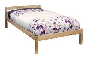 Single bed with boxspring and mattress