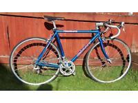 Giant peloton 8400 sport racing bike
