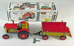 Vintage toy Zetor Kovap wind up farm tractor