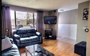 Looking for a female roommate. East Regina townhouse $900.
