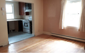 New kitchen 3 lovely bdrm + den south end Halifax beside SMU
