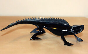 NEW Iguana Figurine carved of Real Animal Horn