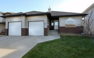 Lovely 4 Bdr Bungalow in Saamis Heights