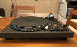 Technics SL1900 Fully-Automatic Direct-Drive Turntable - Japan V