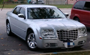 2006 Chrysler 300C Hemi, Navigation, Low Kms