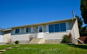 3 Bedroom Fully Furnished House For Rent in Drayton Valley