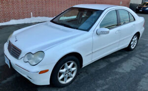 2002 Mercedes-Benz C320 - LOW KMs FULLY LOADED