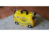 TRUNKI Taxi New York Limited Edition Ride on Suitcase in Very Good Condition