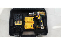 DeWalt DCD785 18V Li-ion Combi-Drill. 2 x 2.0Ah Battery with Charger & Carry Case