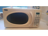 Digital microwave 900W E - white
