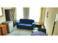 Double room, Single bed, furnished, bills & wifi inc.