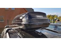 Thule Roof Box Pacific 600 340 litres half width box 5 months old