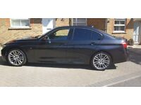 BMW 320i Black with loads of Extras.. Buy now before its sold.