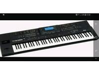Roland G1000 piano keyboard
