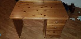 Pine Dressing Table & Drawers