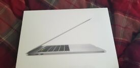 Apple Macbook PRO A1707 - Brand new, never used condition - Ready to collect