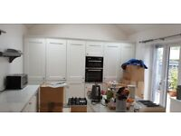 Fitted Chalk White Huge Kitchen 4yrs old Collection from Swindon