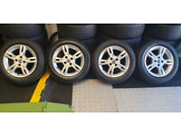 Fiat Genuine 15 alloy wheels + 4 x tyres 175 65 15