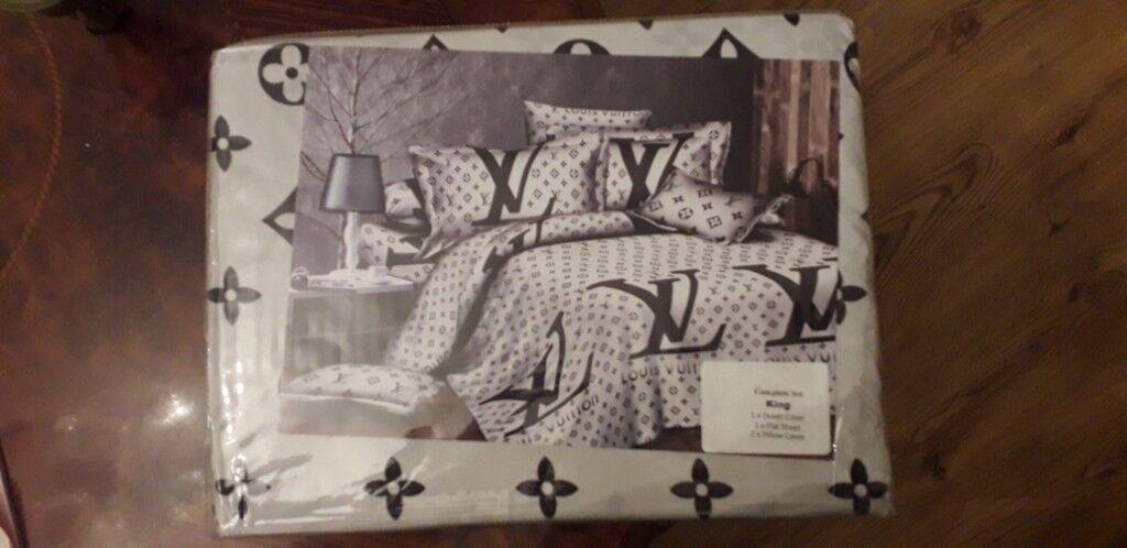 Louis Vuitton Lv Bed Set Covers In Edmonton London Gumtree