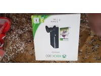X BOX 360 CONSOLE WITH 1 CONTROLLER 500GB