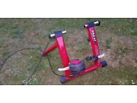 Minoura RDA80 Cycle Trainer - excellent condition - ready to go.... just add bike
