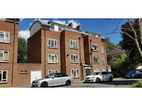 ** Immaculate 2 bedroom flat to rent ** MAIDENHEAD CENTRAL **