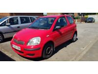 Toyota Yaris 2003 in good conditions