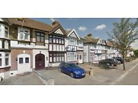 Lovely 5 bed house in RM6 close to Goodmayes Station, Part Dss Accepted!!