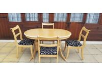 Extenable table and chairs