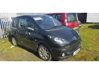 PEUGEOT 1007 AUTOMATIC 1.4 ( RUNS AND DRIVES SOLD AS SPARE OR REPAIR ) LOW MILEAGE