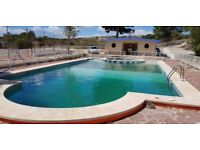 Studios around quiet pool, Alicante Spain, pay when you arrive!, 20 minutes from airport and beautif