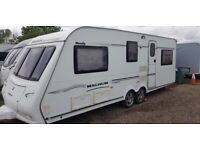 TWIN AXLE COMPASS MAGNUM 636. GREAT CONDITION. IDEAL FOR SITEING. TOWS LOVELY. WITH ACCESSORIES
